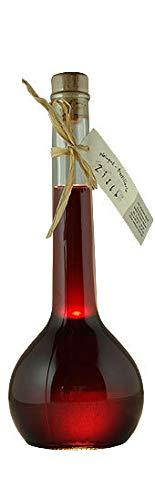 Brombeer-Likör, feinster Likör aus schwarzen Brombeeren mit raffiniert aromatischer Frucht in einer hochwertigen Geschenkflasche