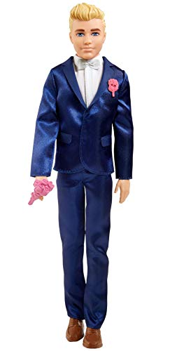 Barbie Ken Novio Muñeco vestido con traje de novio con accesorios para boda (Mattel GTF36)