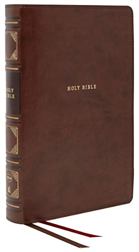 NKJV, Reference Bible, Classic Verse-by-Verse, Center-Column, Leathersoft, Brown, Red Letter Edition, Comfort Print: Holy Bible, New King James Version