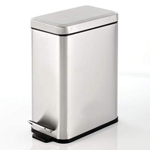 mDesign Cubo de basura rectangular con capacidad de 10 l – Compacto contenedor de residuos con cubo interior para oficina, baño o dormitorio – Moderna papelera de metal y plástico – plateado cepillado