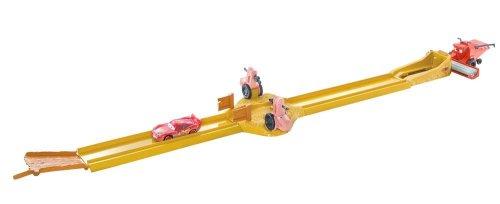Disney Véhicules - N5537 - Véhicule Miniature - Cars Piste Tracteurs Attaque