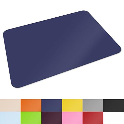 Schreibtischunterlage von Office Marshal® | hochwertige Tischauflage für Büro und Schule | abwischbar | rutschfest | 65x50 cm | dunkelblau