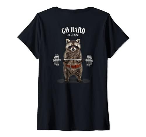 Mujer Levantamiento de pesas de mapache en el gimnasio Camiseta Cuello V