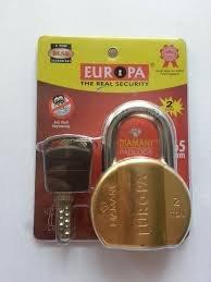 Europa L365BM Brass Lock with 4 Keys (Standard Size)