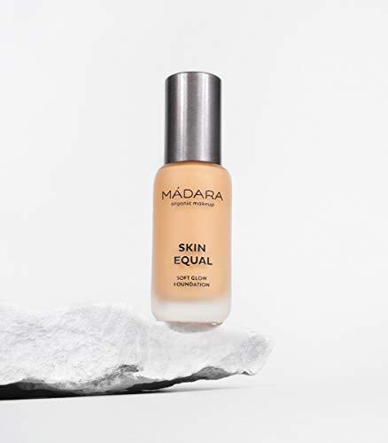 MÁDARA | Skin Equal Grundierung für sanftes Strahlen LSF15, 40 SAND, 30 ml