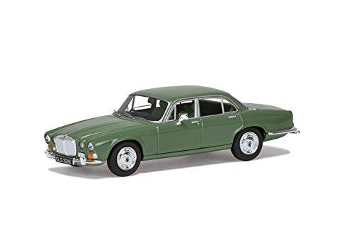 Corgi VA08805 Daimler Soveriegn 4.2 Willow Green