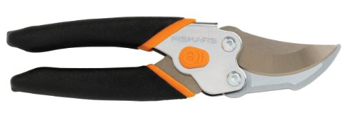 Best Buy! Fiskars 91166935 Smooth Action UltraBlade Bypass Pruner