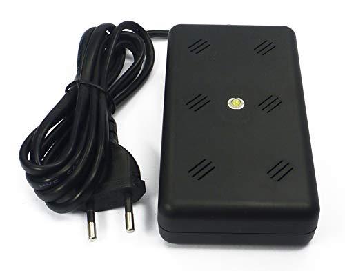 ISOTRONIC Marderschreck Blitz mit Licht/LED Blitzlichtfunktion Ultraschall für Haus, Garage und Dachboden - vertreibt Nicht nur Marder, auch Mäuse, Ratten, ideal für den Innenraum mardersicher