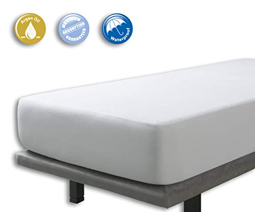 Velfont Terry Waterproof and Breathable Mattress Protector with Argan Oil Treatment - Fitted | King Bed (150x190/200cm)