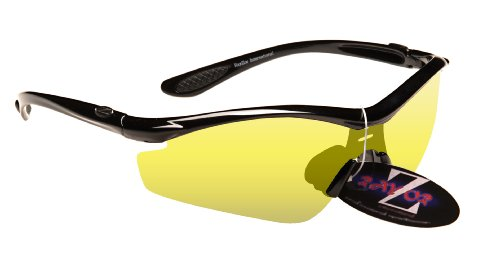 Rayzor Professionnel léger UV400 Noir Sport Wrap Course Lunettes de Soleil, avec Une lumière Améliorer Clair Jaune Anti-reflet lentille.