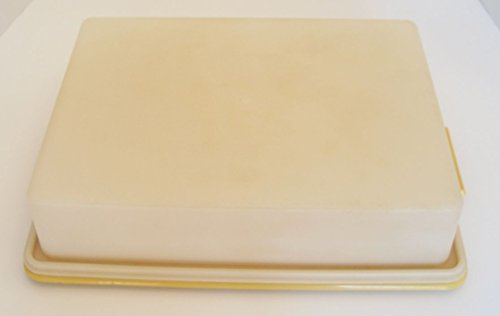 Vintage Tupperware Rectangular Sheet Cake Taker Gold Tray with Sheer Lid - 14 X 10 3/4 X 3 1/2 Inch