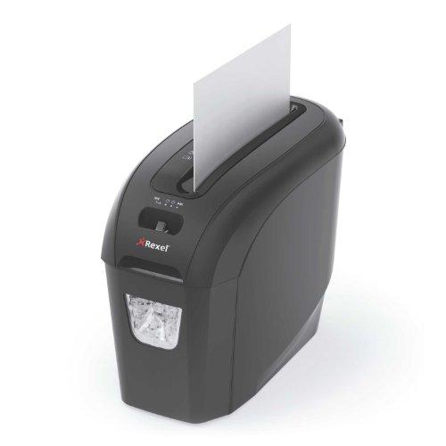 Rexel Prostyle+ 2104004EU Aktenvernichter (Streifenschnitt, Manueller Einzug, 7,5L Entnehmbarer Abfallbehälter, 7 Blatt Kapazität) schwarz