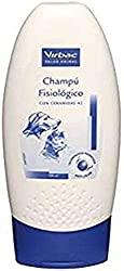 Sanitise yourself shampoo Frequent use for dogs and cats Hypoallergenic, with nourishing and restructuring properties