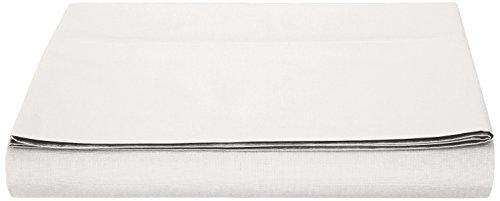 AmazonBasics - Sábana encimera polialgodón 200 hilos, 240 x 320 + 10 cm - Blanco