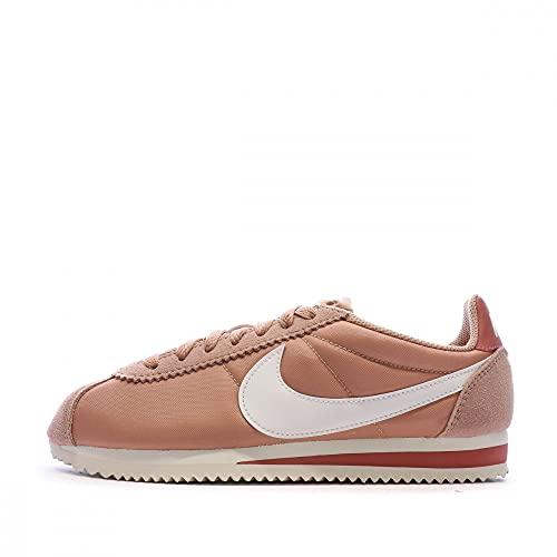 Nike Women's Classic Cortez Nylon Shoe, Scarpe da Trail Running Donna, Rosa (Rose Gold/Summit White/Light Redwood 611), 38 EU