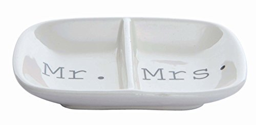 Mejor Mrs Jewelry Dish Small Gold Ceramic Ring Trinket Tray Wedding Gift For Bride Sweet Water Decor Wifey Desk Storage Accessories Miss Office Decor Hand Lettered Holder Mr Mrs Best Engagement Gifts Friend crítica 2020