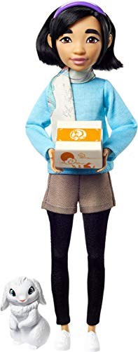 Netflix's Over The Moon, Fei Fei Doll (9-inch) with Bungee Figure, Fashion Doll with Removable Outfit, Great Gift for Kids Ages 5Y+