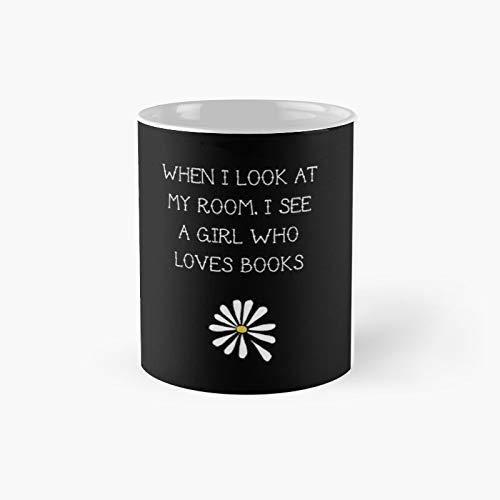 Lfa - A Girl Who Loves Books - Taza clásica con texto en inglés 'Best Gift Funny Coffee Tachas' (11 oz)