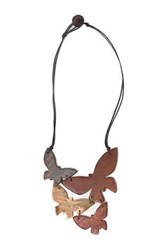 collezione alessandro Kurze Kette Juliet mit Schmetterlingsanhänger Holz und Muschel