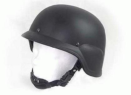 M 88 Helm schwarz