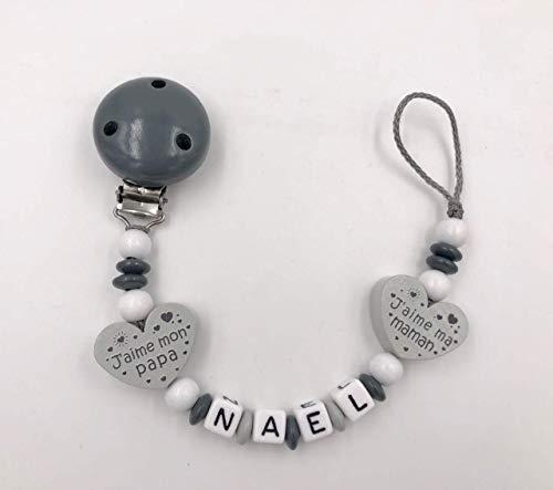 Attache tétine bébé personnalisé perles de bois garçon gris coeur j'aime ma maman j'aime mon papa
