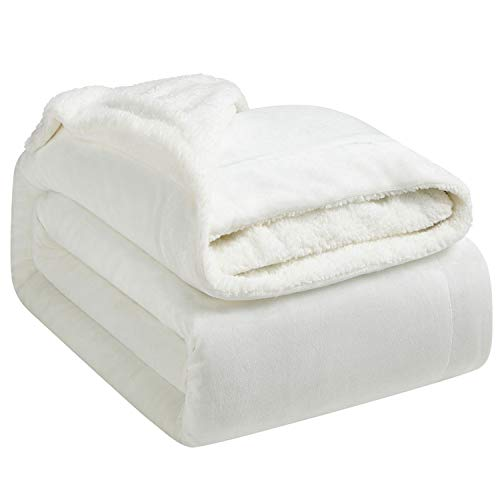 Hansleep Sherpa Decke 150 x 200 cm Weiß Wohndecke Zweiseitige Kuscheldecke extra Dick & Warm Sofadecke/Couchdecke Mikrofaser Sofaüberwurf Superweich und Flauschig Fleecedecke für Bett und Sofa