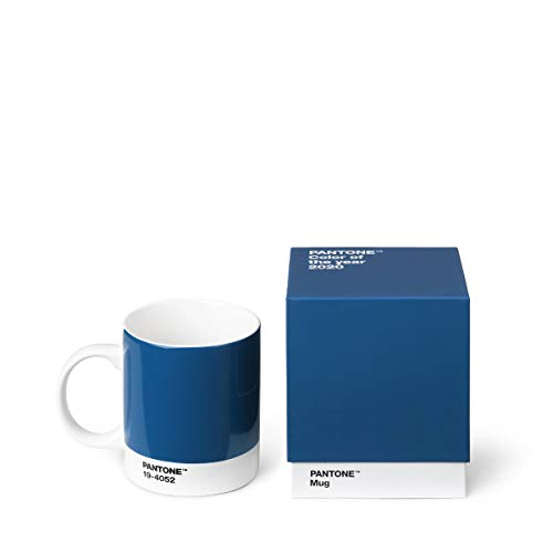 Pantone 18000 Becher in Geschenkbox, Kaffeetasse 375 ml, mit Henkel, spülmaschinenfest, Color of The Year 2020-Classic Blue 19-4052, blau, Porzellan, 375 milliliters, dunkelblau