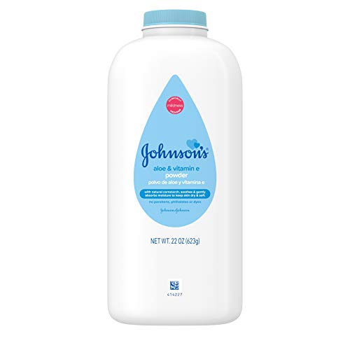 Johnsons Baby Naturally Derived Cornstarch Baby Powder with Aloe and Vitamin E for Delicate Skin, Hypoallergenic and Free of Parabens, Phthalates, and Dyes for Gentle Baby Skin Care, 22 oz