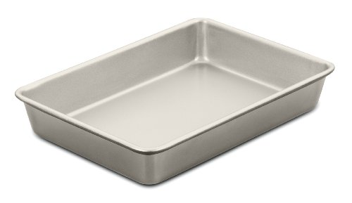 Cuisinart 13 by 9-Inch Chef's Classic Nonstick Bakeware Cake Pan, Champagne