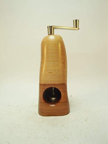 Muskatmühle Unikat aus Apfelholz mit schweizer Schneidwerk