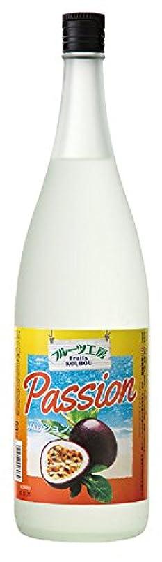 起きる着陸奨学金泡盛 フルーツ工房 パッション 一升瓶 12度 1800ml/(名)新里酒造