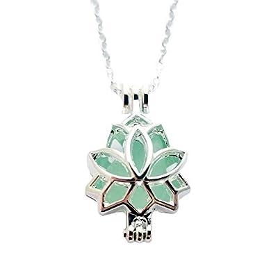 Fait à la main d'Hawaï, « Bijoux de yoga » Lotus locket avec un morceau de collier en verre de mer naturelle, cadeau hawaïenne, (Hawaï cadeau emballé, personnalisable message cadeau)