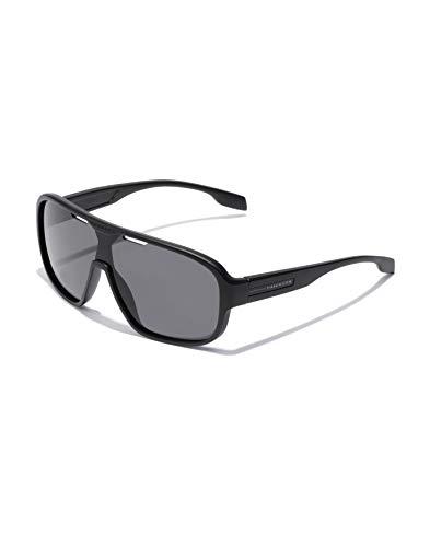 HAWKERS Gafas de Sol Infinite Black, para Hombre y Mujer, de diseño deportivo, combina montura negra mate con lente de máscara, Protección UV400, One Size unisex-adult