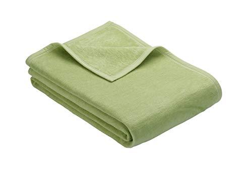 Ibena Porto Kuscheldecke 150x200 cm - Wolldecke grün einfarbig, pflegeleichte Baumwollmischung, kuschelig weich und angenehm warm