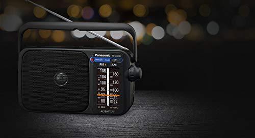 Panasonic RF-2400DEG-K Tragbares Radio mit Griff, Netz- oder Batteriebetrieb schwarz & VARTA Industrial Batterie AA Mignon Alkaline Batterien LR6-40er Pack, umweltschonende Verpackung