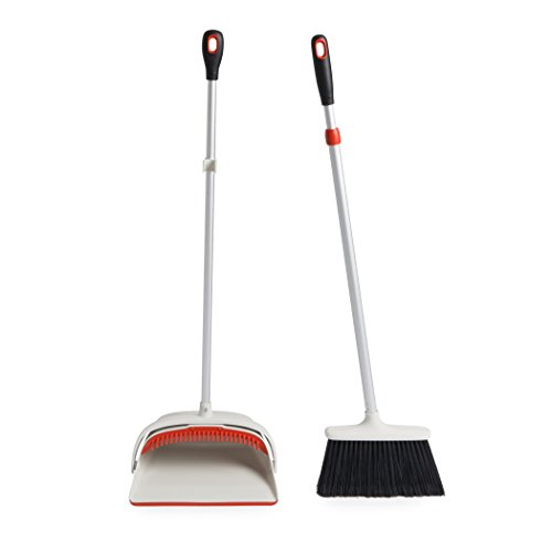 OXO Large Upright Sweep Set