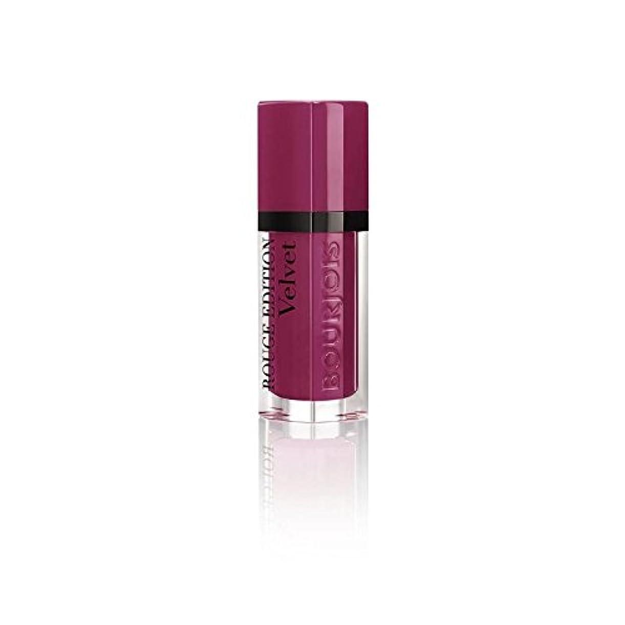 噂紫の有名人ルージュ版のベルベットの口紅、梅梅の女の子の8ミリリットル (Bourjois) (x 4) - Bourjois Rouge Edition Velvet Lipstick, Plum Plum Girl 8ml (Pack of 4) [並行輸入品]