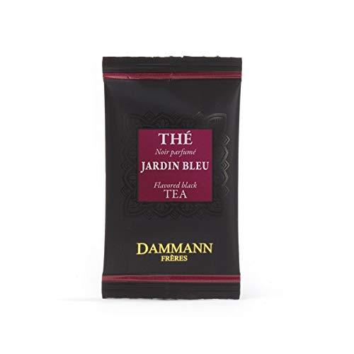 Pasticceria Passerini dal 1919 Dammann Jardin Bleu - Thé Noir parfumé à la rhubarbe et aux Fraise, 24 sachets Cristal - Dammann Frères