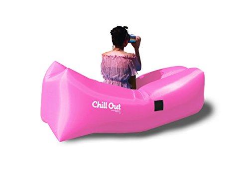 Chill Out gonflable Chaise longue : léger, résistant à l'eau, Sac de transport, sécuriser Piquets, support à boisson. Gonfle en quelques secondes. Idéal pour les voyages, le camping, la randonnée, les festivals, les fêtes de plage/piscine,, et bien plus encore, rose