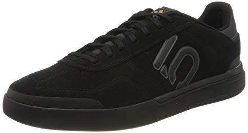 adidas Sleuth DLX, Scarpe da Ginnastica Uomo, Core Black/Grey Six/Matte Gold, 42 EU