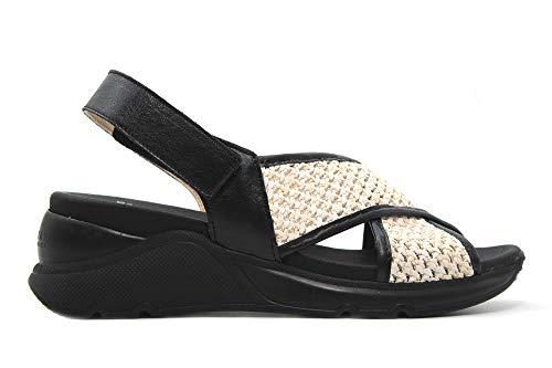 Hispanitas: Sandalia Sport con Suela Volumen elaborada en combinación de Materiales. Diseño de Tiras Cruzadas en el Empeine Efecto Rafia. Cierre de Velcro al Tobillo. Máxima Comodidad Paso a Paso.