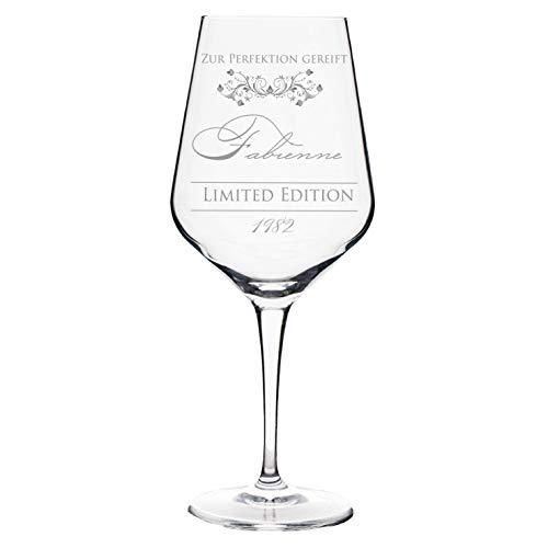 Weinglas Perfektion mit Namen und Jahr