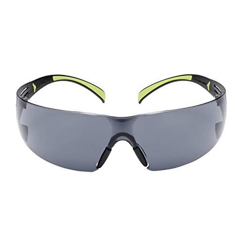 3M Schutzbrille SF400 GC1, grau – Komfortable Arbeitsschutzbrille mit Anti-Scratch-Beschichtung – Beidseitige UV, Anti-Kratz- & Anti-Beschlag-Beschichtung