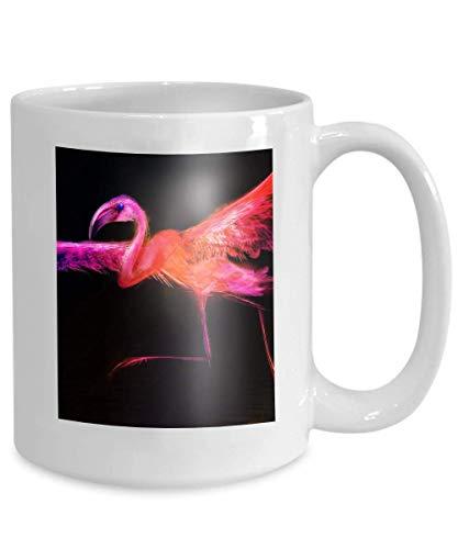 N\A Taza de café - Una Taza de cerámica de Secretario Regalo para secretarios Pájaro Colorido Abstracto Flamingo despegando Agua Corriente batiendo Sus alas Aislado Negro Bueno