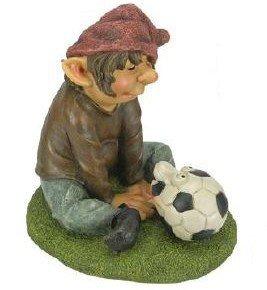 Buri Gartendeko Fußballzwerg Sitzt