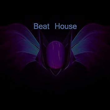 Beat House (feat. Morris DJ)