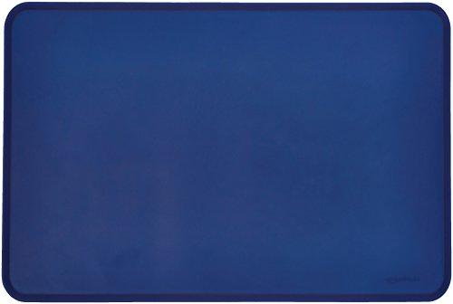 Amazon Basics - Wasserabweisende Napfunterlage aus Silikon, Unterlage für Haustierfutter, 60 x 41 cm, Blau