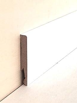 Foto di Battiscopa in mdf rivestito tonalità bianco mm.80x12x2400 pz. 5 (prezzo per ml. 12,00)