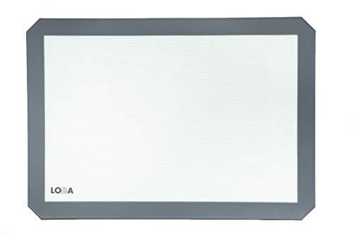 16-1/2' x 11-1/2' Nonstick Silicone Baking Sheet Mat, fits standard half-sheet size pan.