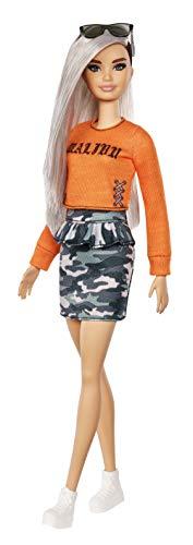Barbie Fashionistas, Bambola con Capelli Argento, Top Malibu e Gonna Camouflage, Giocattolo per Bambini 3 + Anni, FXL47